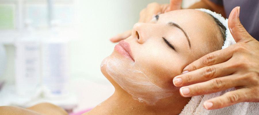 Hautpflege für jeden Hauttyp: Das 1×1 der Pflege